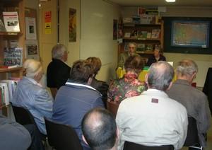 les auteurs et leur public le 9 octobre, à la librairie Découvertes occitanes