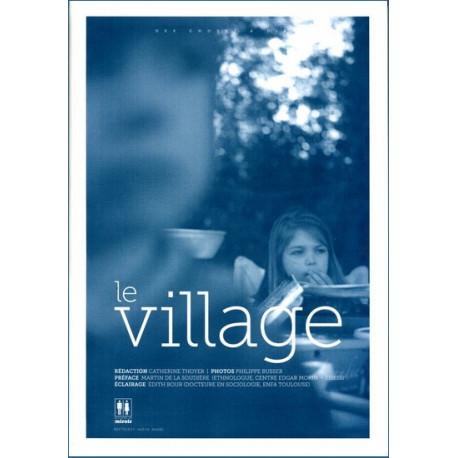 Le Village - Collectif